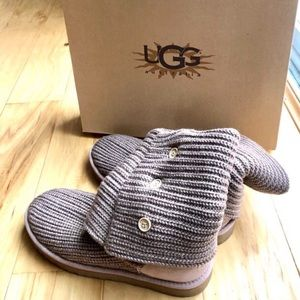 UGG cardigan style boots in gray